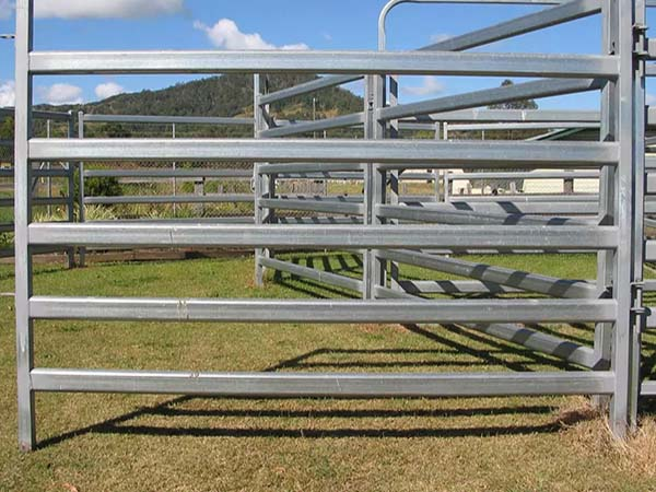 Galvanized Livestock Corral Horse Cattle Sheep